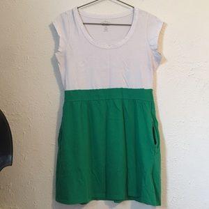 Dresses & Skirts - green color block pocket dress PL